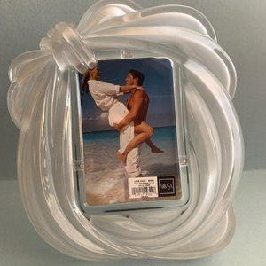 Vintage Mikasa Crystal Love Knot Picture Frame